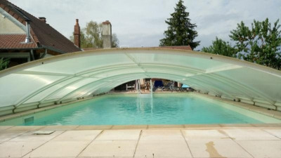 Propriété 2.6 ha - maison 4/5 ch - piscine