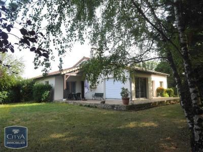 Maison, 122 m² - Fontaine le Comte (86240)