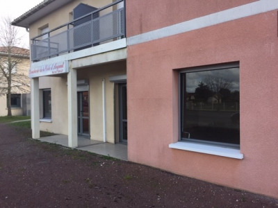 Local commercial Marcheprime 70 m²