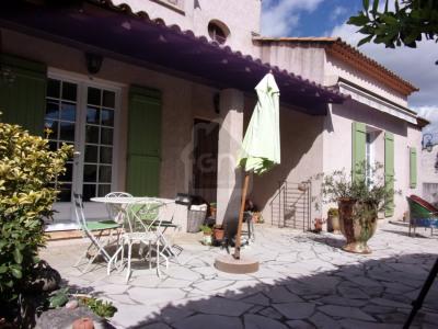 Villa traditionnelle au calme