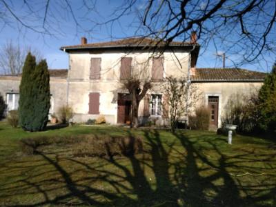 Maison Saillat Sur Vienne 5 pièce(s) 141 m2