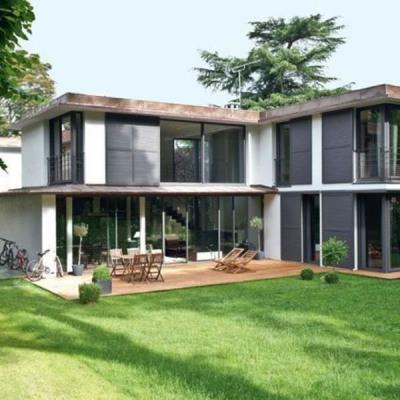 Maison 5 pièces avec terrasse jardins et parkings