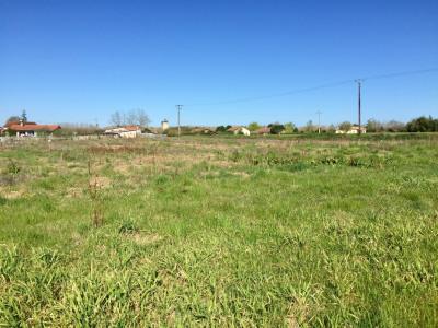 Terrain proche Pontonx Sur L Adour 1501 m²