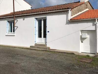 Maison St Hilaire de Chaléons