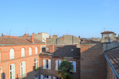 T5 Carmes vue sur toits beaux volumes calme