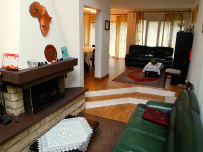 sale House / Villa Evry