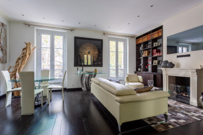 Appartement 2 pièces 55 m² - Tour Eiffel