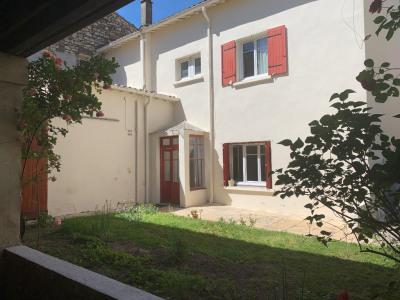 Grande maison à Vauvert + appartement indépendant