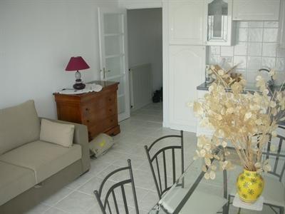 Vacation rental apartment Saint georges de didonne 390€ - Picture 7