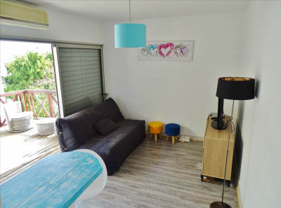 LS - Studio 2 pièces avec belle terrasse dans résidence avec pis
