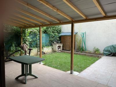 Maison en copropriété de 4 pièces et garage attenant