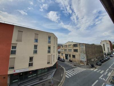 Appartement 3 pièces duplex petit Ivry à 100 m du métro