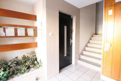 GRENOBLE boulevard J Vallier T3 avec ascenseur et balcon