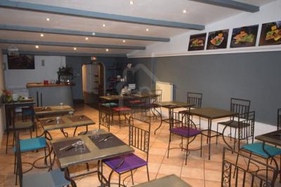 Local commercial composé d'un restaurant de 137m²