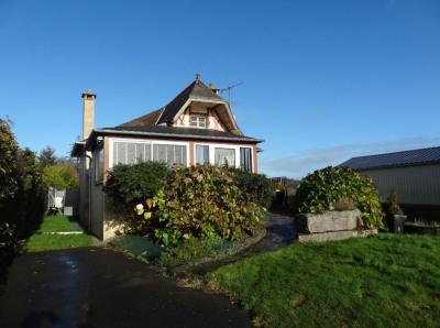 Charmante maison de village à CANIHUEL 79800 euros