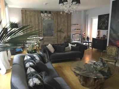 Belle maison de ville de 205 m², en plein centre ville histo