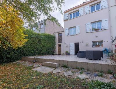 MAISON 6 pièce (s) - 103 m² (75 m² Carrez)