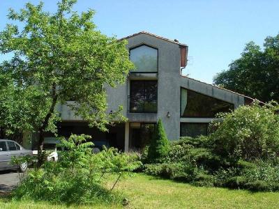 Maison, 200 m² - Secteur Salles d Angles (16130)