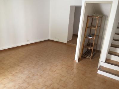 Maison de village sur 4 niveaux de 75 m² (13410 ) Lambesc