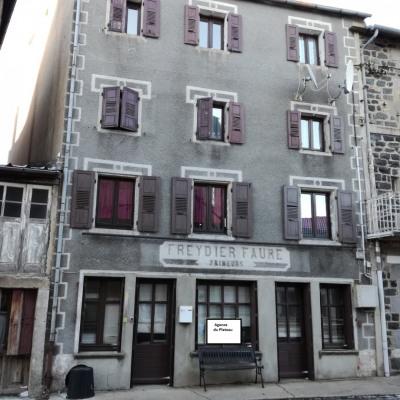 Maison de bourg 6 chambres Fay sur Lignon