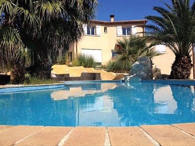 66140 vivés villa avec piscine et terrain 1128 m²