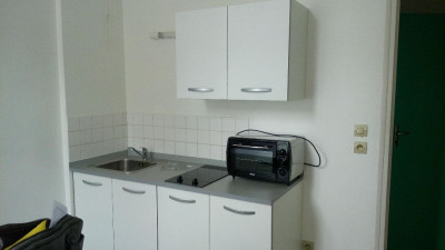 LAVAL appartement T1bis meublé de 21,35m²