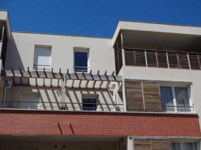 APPARTEMENT T3 avec terrasse et 2 places de parkings