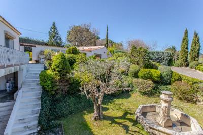 CHARME ET ORIGINALITÉ pour grande demeure proche Aix en Provence