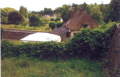 Terrain a bâtir chaumont en vexin - 1423 m²
