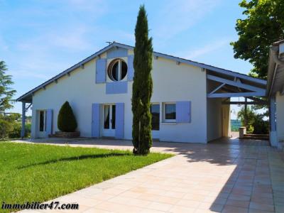 Villa contemporaine - 7 pièces - 144 m²