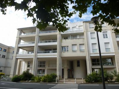 Appartement La Rochelle 1 pièce (s) 32 m²