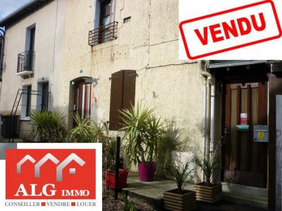Maison de bourg corps nuds - 3 pièce (s) - 130 m²