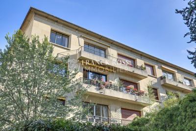 Dernier étage de 87,3 m² + balcon Sud Ouest