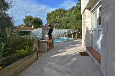 Maison 4 pièces 166 m² centre village Luynes