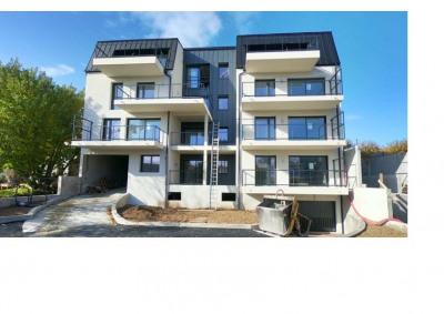Studio 33 m² terrasse porte royale