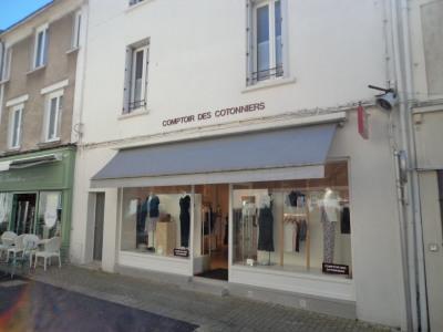A louer local commercial centre cholet
