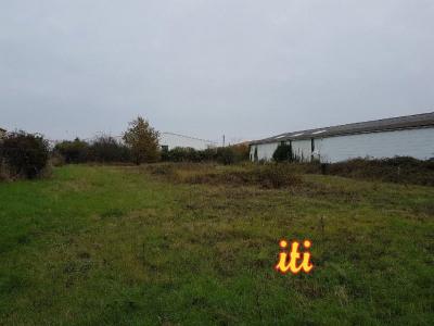 Terrain idéalement situé proche leclerc