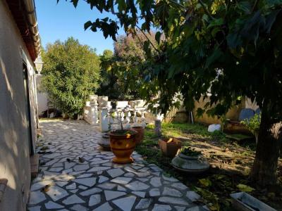 Villa t4 plain pied jardin et garage