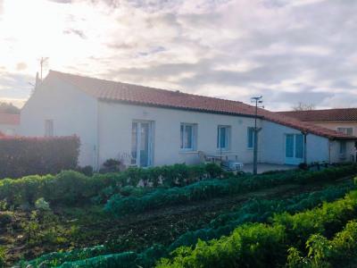 Maison plain-pied, 100 m², à 10 min de Saint PHILBERT DE GD L