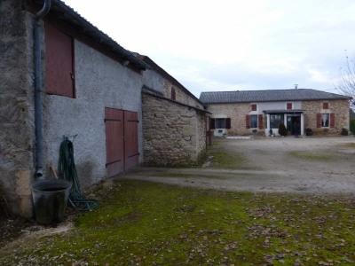 Small farmhouse 4 rooms Monsempron Libos