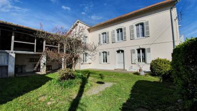 Immense maison à vendre 232000 EUR à Tarbes (65)