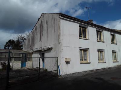 Nieul Sur L Autise - 6 pièce (s) - 180 m²