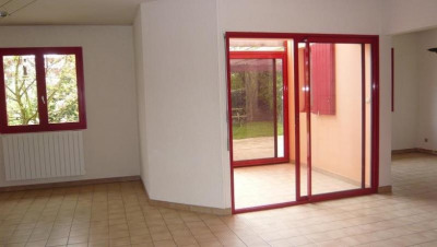 Cormelles - maison 6 pp