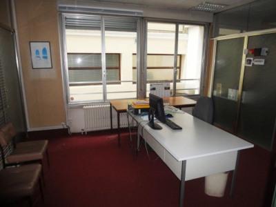 Appartement Aire Sur L Adour 4 pièce (s) 136.37 m²