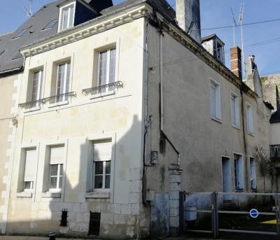 Immeuble Château Renault 11 pièce (s) 227 m²