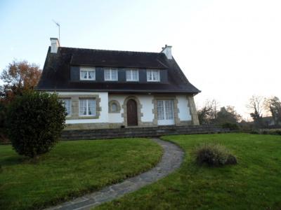 sale House / Villa Landudal