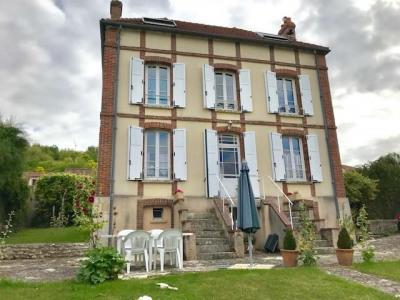 Maison bourgeoise 6 pièce (s) 134 m²