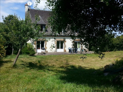 Sale house / villa Plouaret