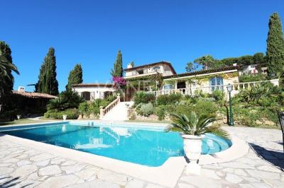Villa provençale avec piscine et vue panoramique mer