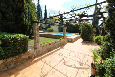 La crau - joli mas provençal